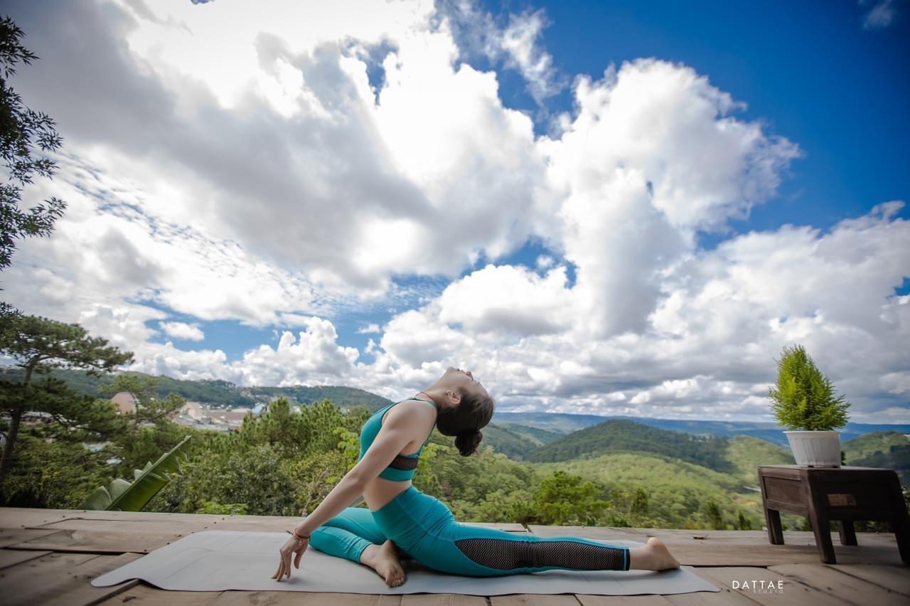 5 tư thế yoga giúp gia tăng lòng biết ơn