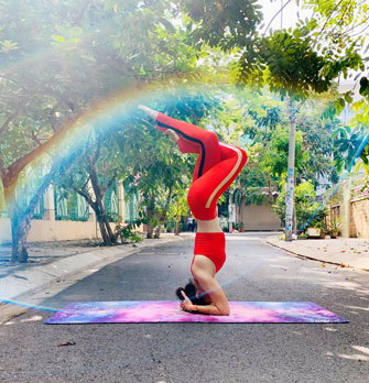 awesome health benefits of headstand  olaben  yoga gear